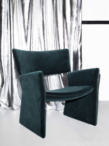 A Crown Easy Chair Lifestyle