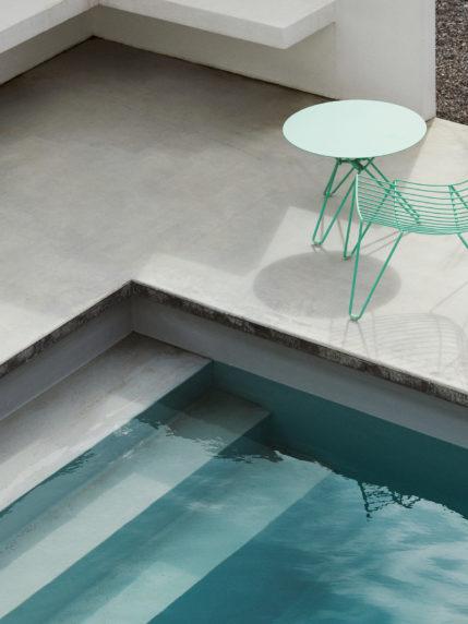 Oilcloth Green – Tio Easy Chair & Side Table